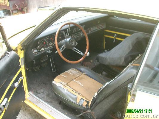 Dodge GTX RT vs Ford Falcon Sprint