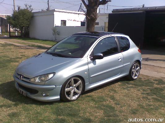 peugeot 206 xs premium en malvinas argentinas ars a o 2006 nafta. Black Bedroom Furniture Sets. Home Design Ideas