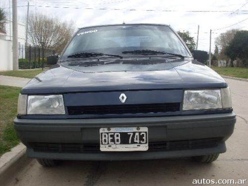 Renault 9 (Ar)