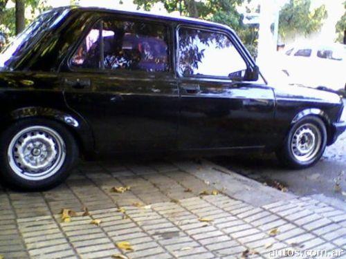 Fiat 128 s per europa en coghlan ars a o 1984 nafta for Interior 128 super europa