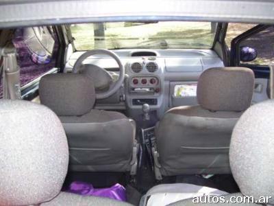 Planet Dcars 2002 Renault Twingo