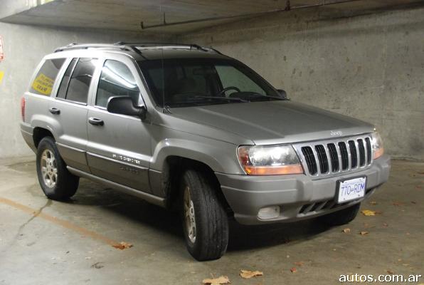 200 Jeep grand cherokee laredo